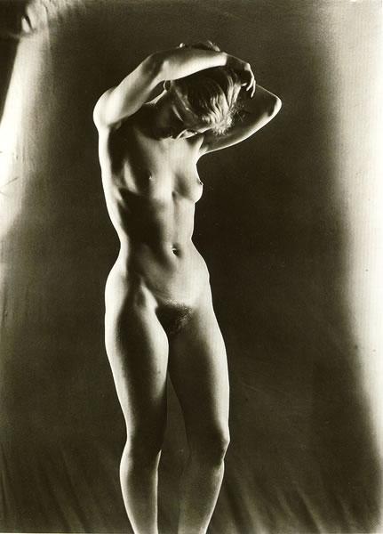 mujer desnudo