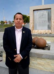 El Maestro Carlos H. García Alvarado, Director de CETYS Universidad, campus Ensenada (Foto: CETYS).