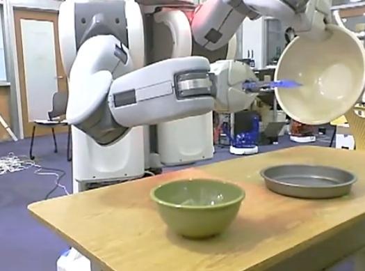 ROBOT COCINANDO