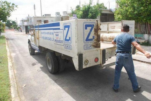 Z GAS CAMION CILINDROS