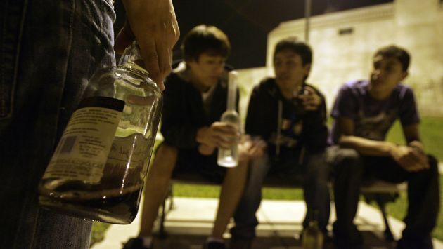NIÑOS ALCOHOLICOS
