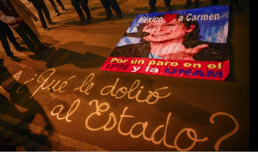 ARISTEGUI PROTESTA