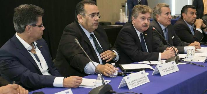 Con Francisco Vega una relación de altibajos (Foto: internet).