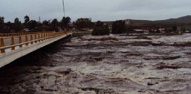 Uno de los mayores riesgos a humanos en Ensenada es la crecida de los arroyos por precipitaciones pluviales (Foto: archivo).