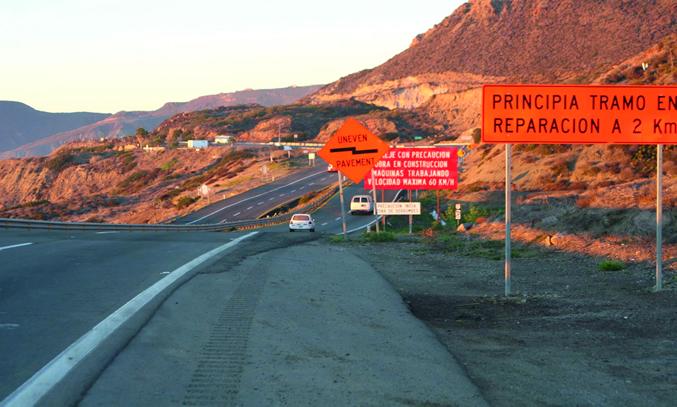 El ramal busca eliminar la zona de desplazamiento de tierra en la carretera escénica Tijuana.Ensenada (Foto: CAPUFE)-