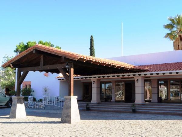 HOTEL MISION CATAVIÑA