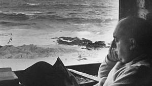 En Isla Negra, momentos antes de su muerte (Imagen: internet)