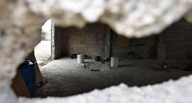 Inerior de la casa en construcción por donde salió libre del penal el narcotraficante (Foto: Angulo 7).