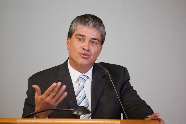 DR TOLENTO SECRETARIO SALUD BC