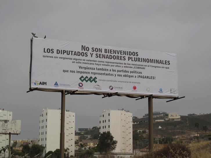La úiltima protesta pública de los empresarios de Ensenada fue contra los legisladores que aprobaron homologar el IVA en la frontera, pero fue nada con la rebelión de este viernes 28 de agosto (Foto: archivo).
