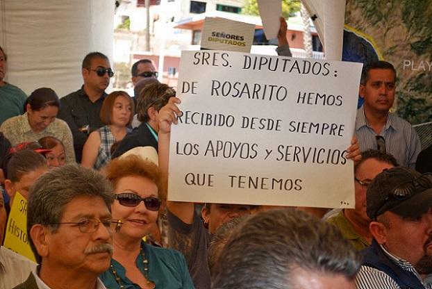 ROSARITENSES CARTONES PROTESTA