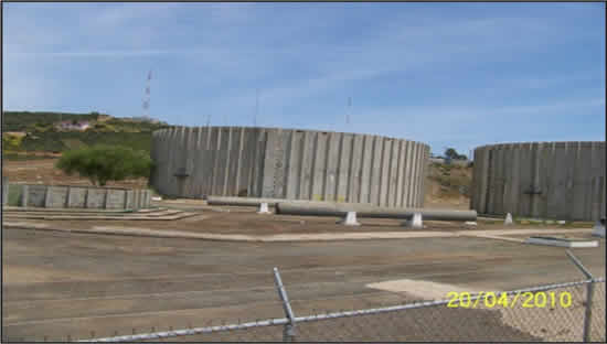 Los dos tanques de almacenamiento de agua del sistema Morelos (Foto:Cespe).