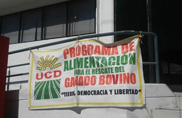 UNION CAMPESINA DEMOCRATICA PANCARTA