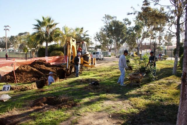 Trabajos en la Unidad Deportiva Sullivan (Ayuntamiento de Ensenada).