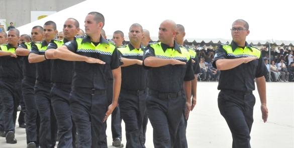 POLICIAS EDA SALUDO