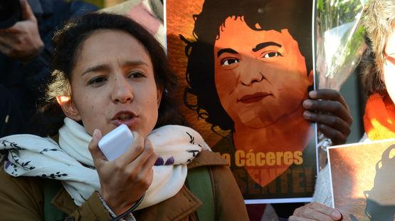 Berta Zúñiga Cáceres, hija de Berta Cáceres continúa la causa iniciada por su mamá ( © CIDH / Flickr )