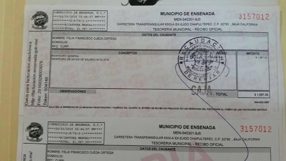 El recibo de reintegro de dinero de más que el Ayuntamiento de Ensenada le pagó al síndico social con licencia (Cortesía).