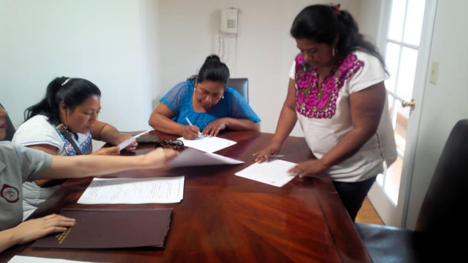 En la notaría pública se firmó la constitución civil de la Alianza (Cortesía9.