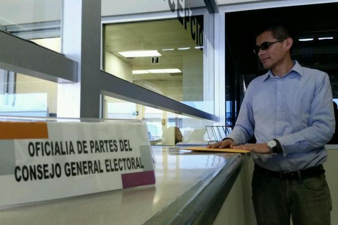 Omar García: tremendo susto al bipartidismo en Ensenada (Foto: La Jornada BC)