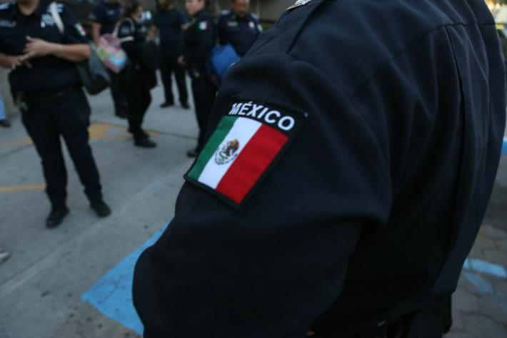 POLICIA MUNICIPAL ESCUDO MEXICO