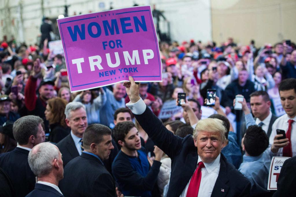 trump-cartel-mujeres