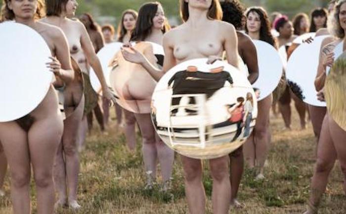 desnudos-contra_trump-foto-lindsey-byrnes1