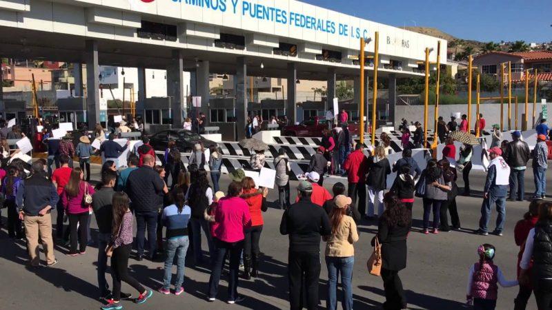 caseta-cobro-playas-tijuana-protesta