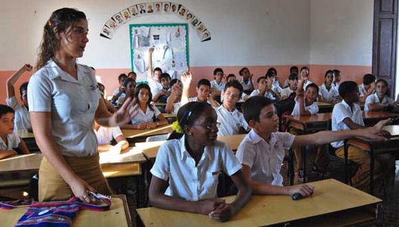 Elecciones Pioneriles de la escuela secundaria básica Carlos de la Torre, del municipio playa. FOTO: Raúl Pupo.