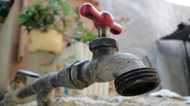 llave-de-agua-cerrada