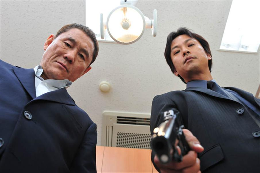 Beat Takeshi and Kippei Shiina in OUTRAGE, a Magnet Release. Photo courtesy of Magnet Releasing.