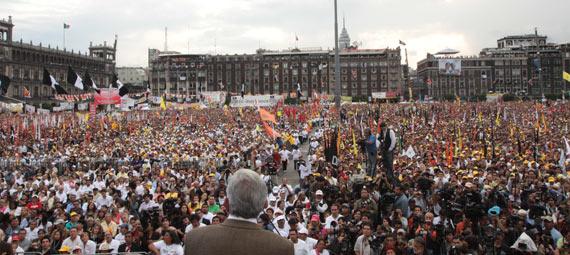 Cierre de campaña de AMLO en el Zócalo en 2006. Foto: internet
