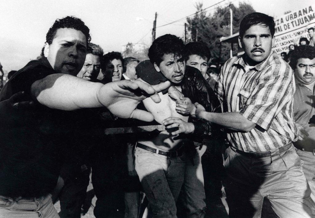 Momento en que es detenido Mario Aburto en Lomas Taurinas. Foto: internet